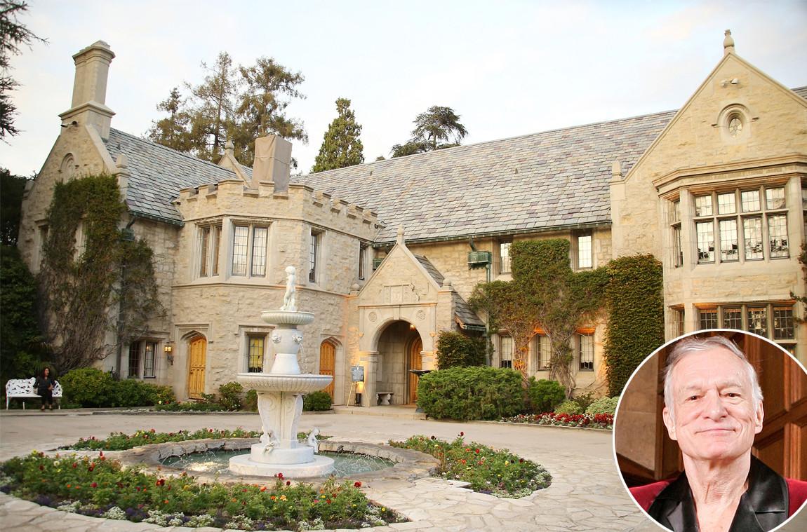 Venduta per 100 milioni la Playboy Mansion di Hugh Hefner